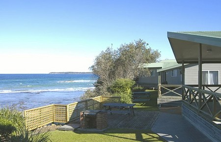 Berrara Beach Holiday Chalets - Bundaberg Accommodation