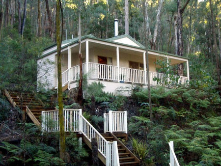 Myers Creek Cascades Luxury Cottages - Bundaberg Accommodation