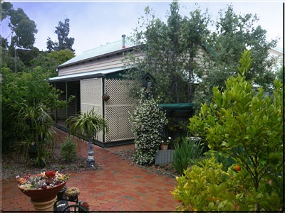 Trafalgar Cottage - Bundaberg Accommodation
