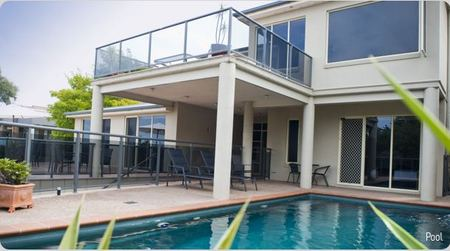 Eugenies Luxury Accommodation - Bundaberg Accommodation