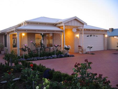 Sussex on Willis Cove Bed and Breakfast - Bundaberg Accommodation
