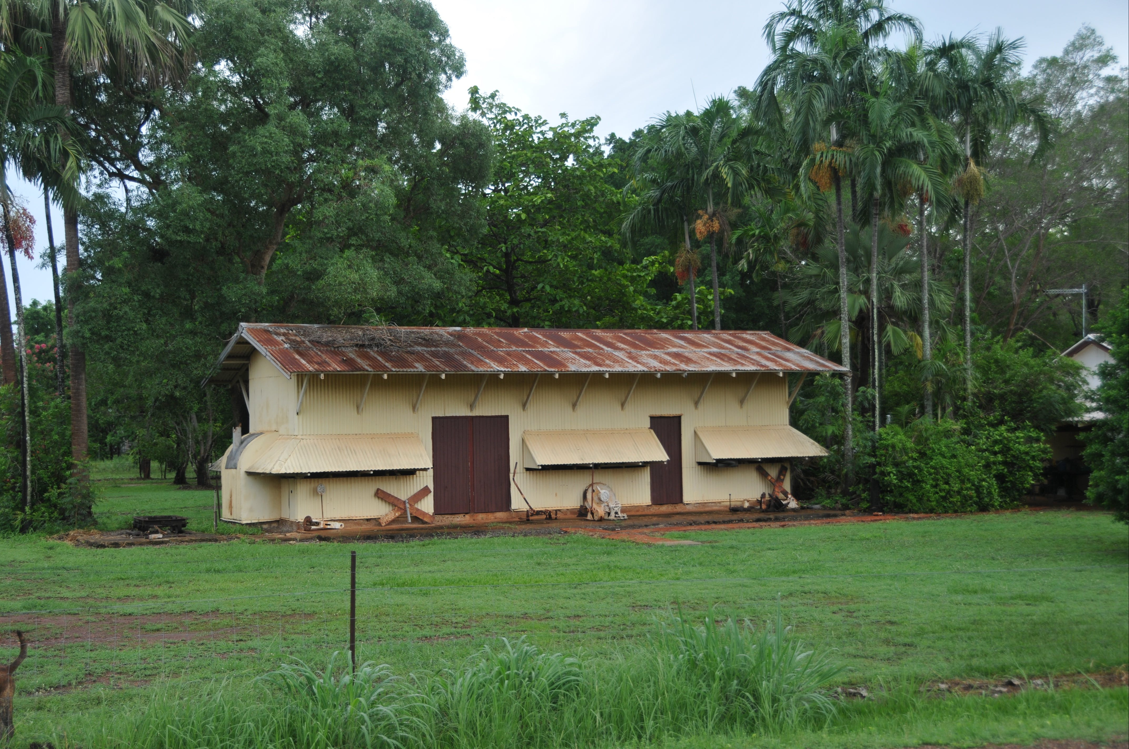 Wishart Siding Fettlers Mess - Bundaberg Accommodation