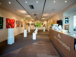 Australian National Botanic Gardens Visitor Centre Gallery - Bundaberg Accommodation