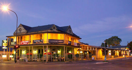 Torrens Arms Hotel - Bundaberg Accommodation