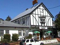 Canungra Hotel - Bundaberg Accommodation