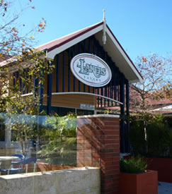 Lakers Tavern - Bundaberg Accommodation