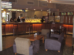 The High Road Hotel - Bundaberg Accommodation