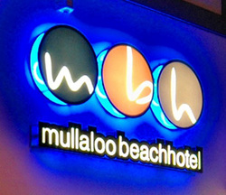 Mullaloo Beach Hotel - Bundaberg Accommodation