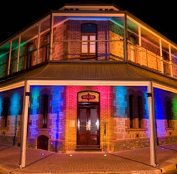 Maylands Hotel - Bundaberg Accommodation