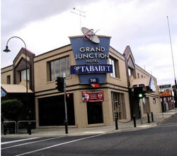 Grand Junction Hotel - Bundaberg Accommodation