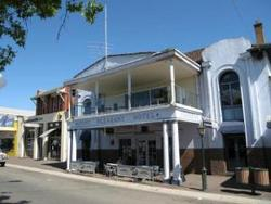 Mount Pleasant Hotel - Bundaberg Accommodation