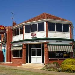 Allansford Hotel - Bundaberg Accommodation