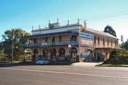 Caledonia Hotel - Bundaberg Accommodation