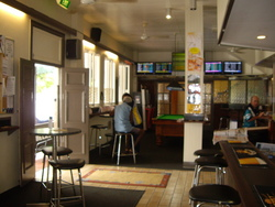 Riverstone Hotel - Bundaberg Accommodation