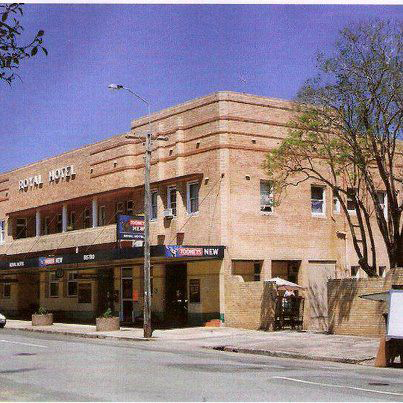 Royal Hotel - Bundaberg Accommodation