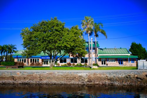 Tea Gardens HotelMotel - Bundaberg Accommodation