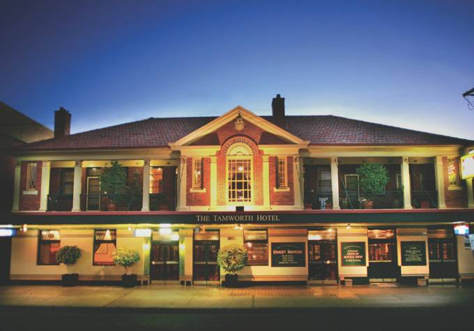 Tamworth Hotel - Bundaberg Accommodation