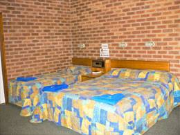 Bohle Barn Hotel Motel - Bundaberg Accommodation