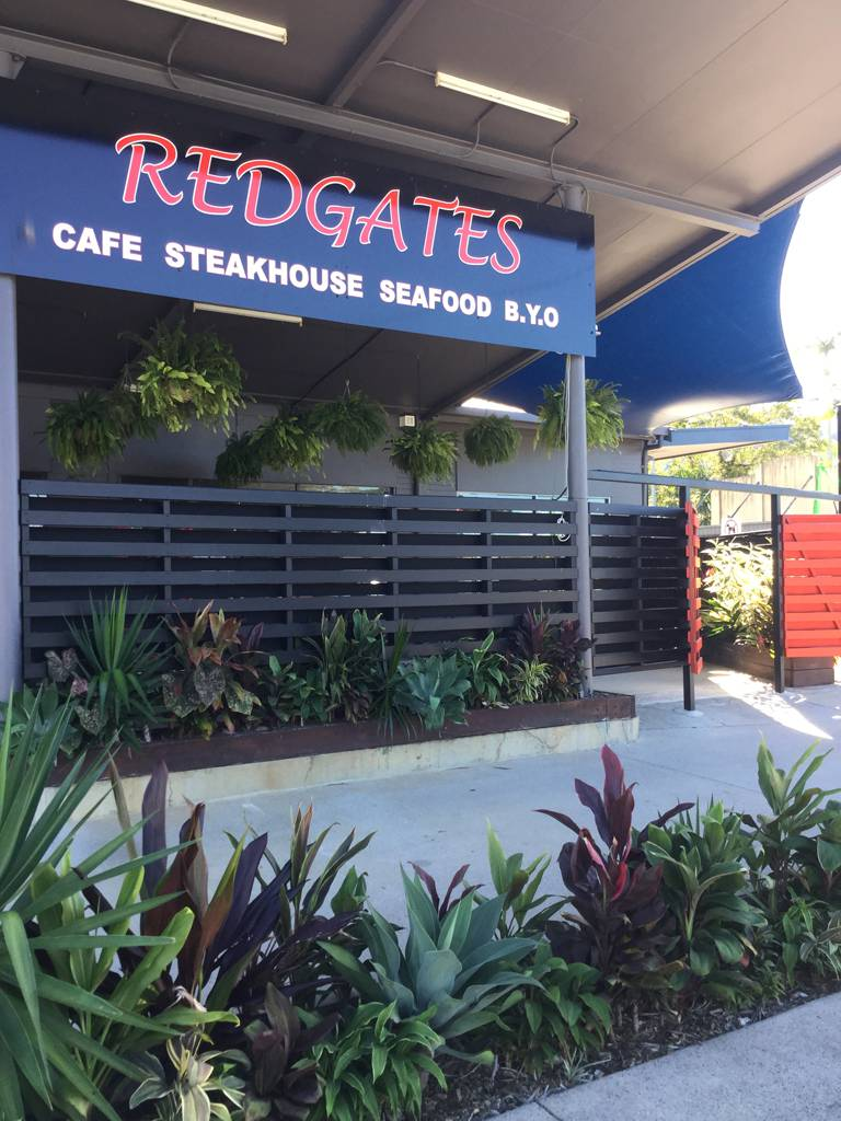 Redgates Caf Steakhouse Seafood - Bundaberg Accommodation