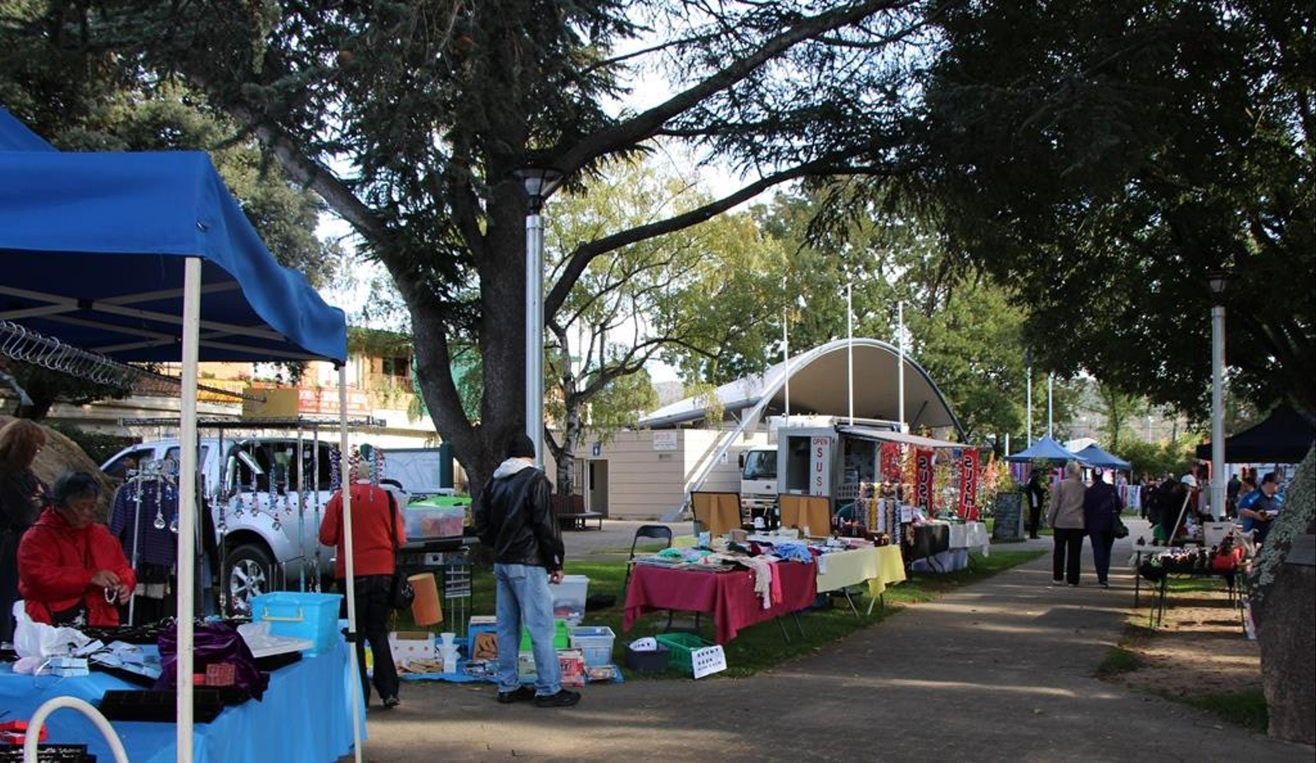Cooma Rotary Markets - Bundaberg Accommodation