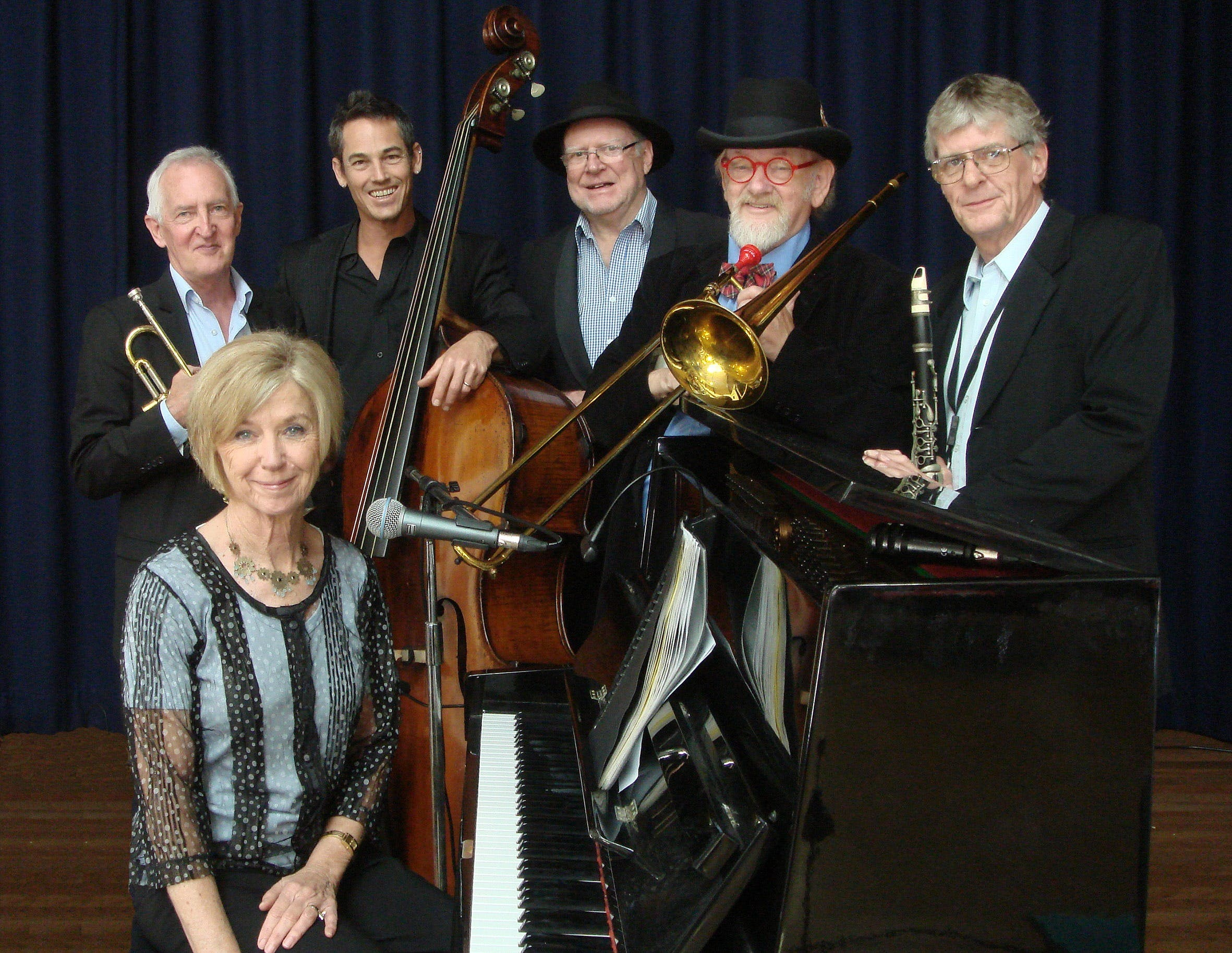 The Caxton Street Jazz Band in the Swigmore Hall at Robert Channon Wines - Bundaberg Accommodation
