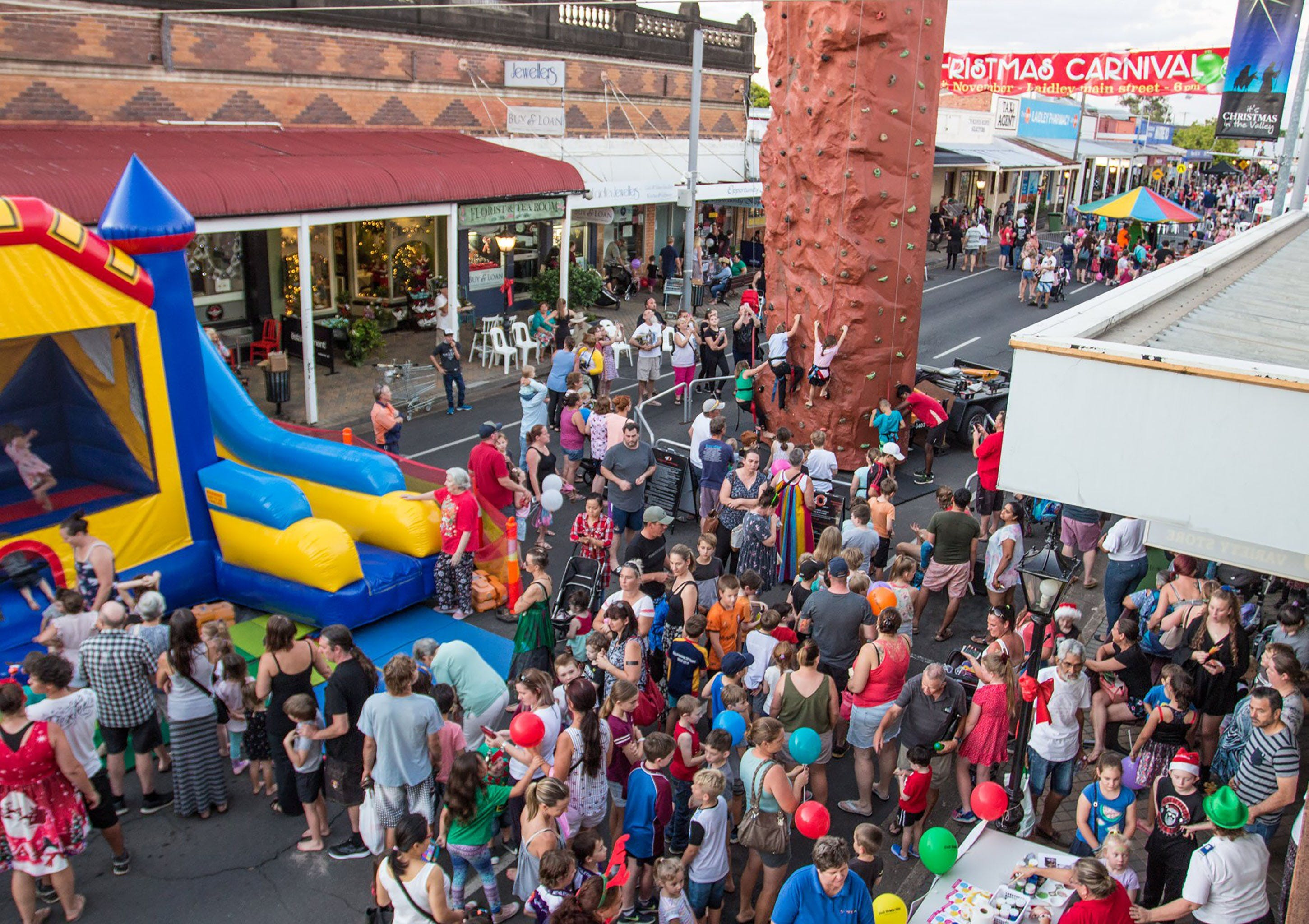 Laidley Christmas Street Festival - Bundaberg Accommodation
