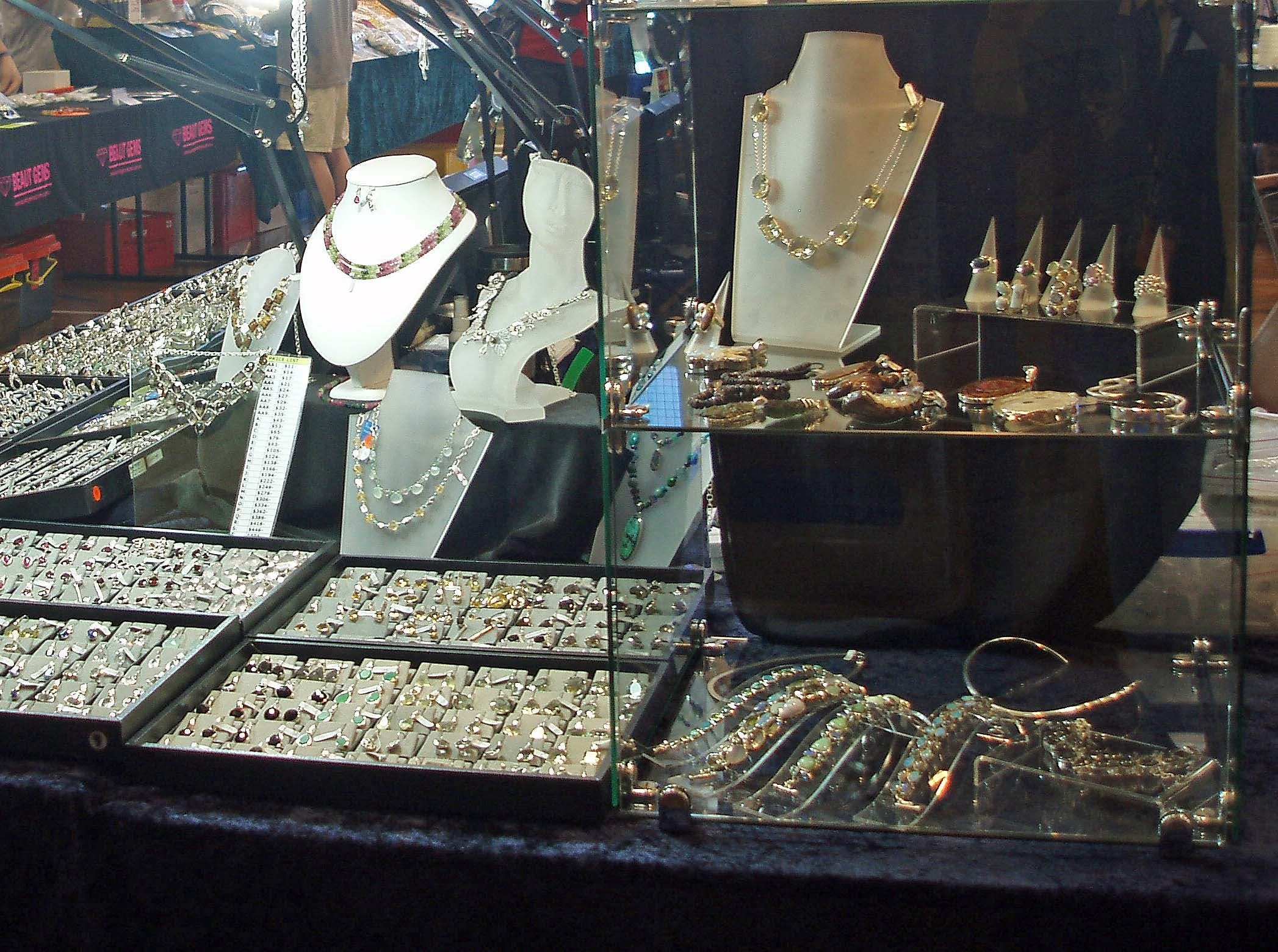 Toowoomba Gemfest - Gems and Jewellery - Bundaberg Accommodation