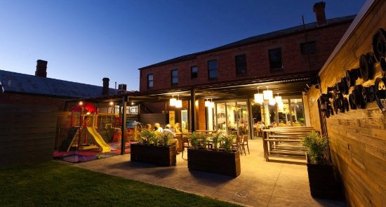 The Tatura Hotel - Bundaberg Accommodation