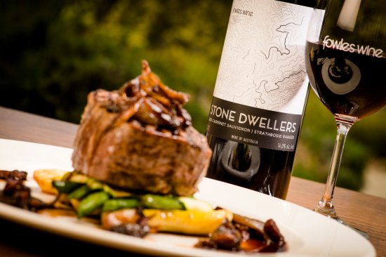 Fowles Wine Cellar Door and Cafe - Bundaberg Accommodation