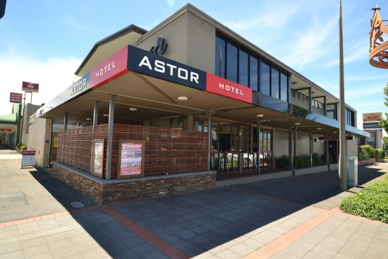 Astor Hotel - Bundaberg Accommodation
