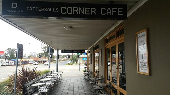 The Corner Cafe -Tatts Pub - Bundaberg Accommodation