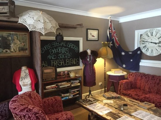 Aussie Outback Wares and Cafe - Bundaberg Accommodation