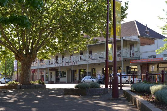 Royal Hotel Restaurant - Bundaberg Accommodation