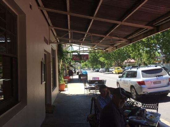 Cafe on Louee - Bundaberg Accommodation