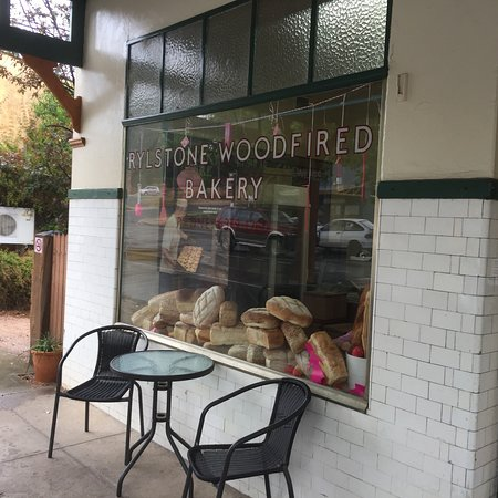 Rylstone Woodfired Bakery - Bundaberg Accommodation