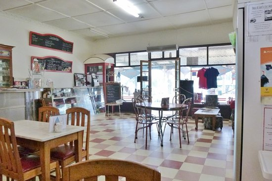 White Rose Cafe - Bundaberg Accommodation