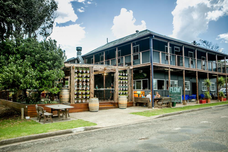 Flow Bar - Bundaberg Accommodation