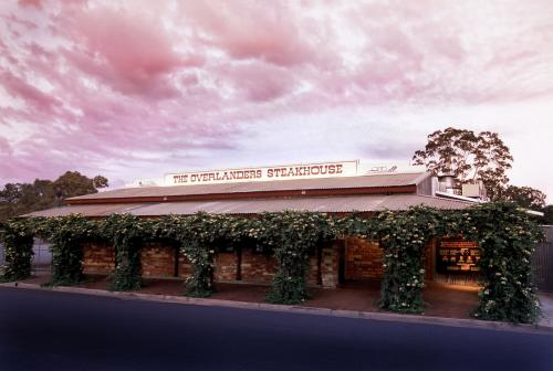 The Overlanders Steakhouse - Bundaberg Accommodation