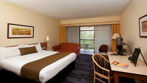Alice Springs ResortMercure - Bundaberg Accommodation