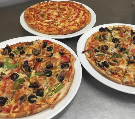 Sammys Pizza Family Restaurant - Bundaberg Accommodation