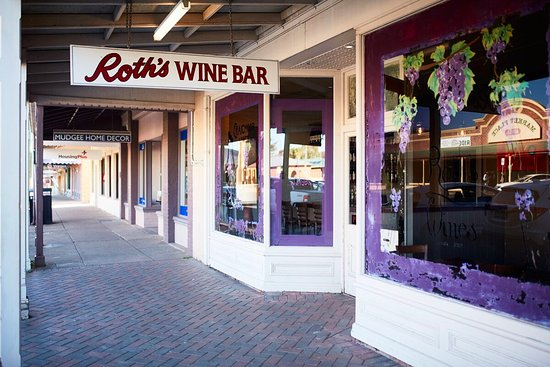 Roth Wine Bar - Bundaberg Accommodation