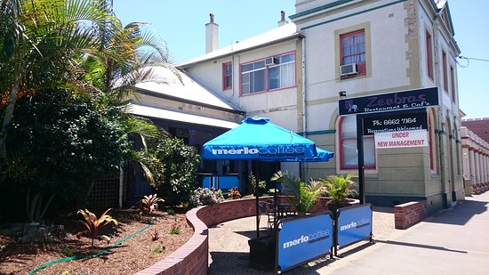 Zeebras Restaurant  Cafe - Bundaberg Accommodation