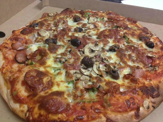 Eat-a-Pizza - Bundaberg Accommodation