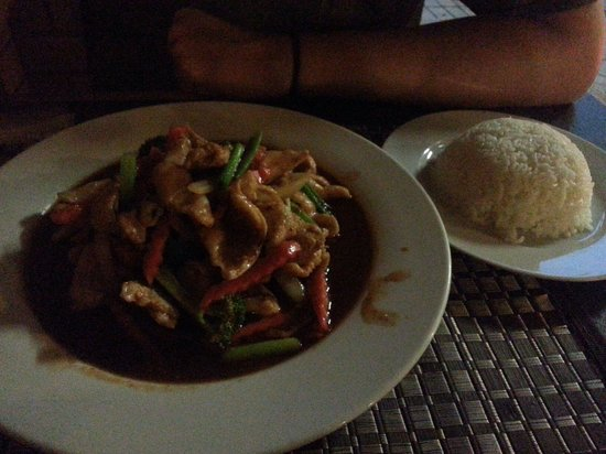 PJ Thai Restaurant - Bundaberg Accommodation