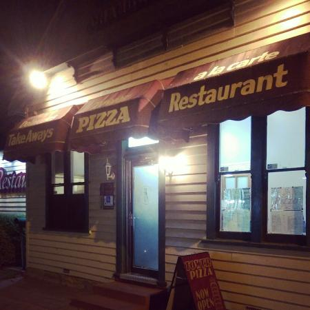 Tower Pizza - Bundaberg Accommodation