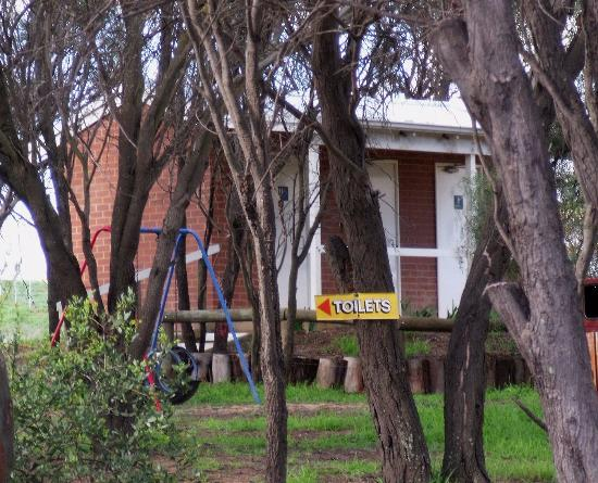 Arthur River Store - Bundaberg Accommodation