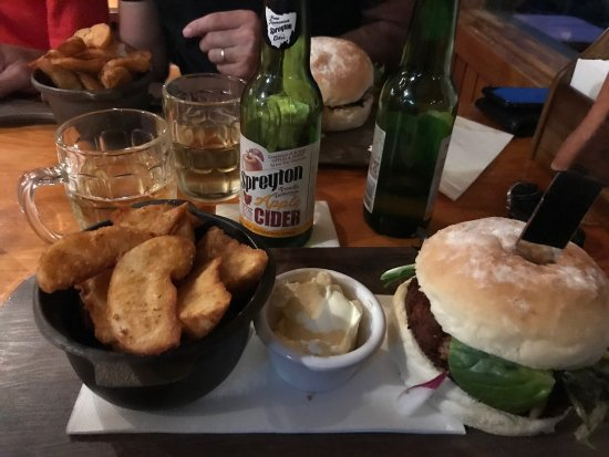 Peppers Cradle Mountain Lodge Tavern Bar  Bistro - Bundaberg Accommodation