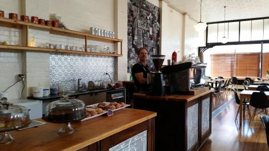 Red Velvet Lounge - Bundaberg Accommodation