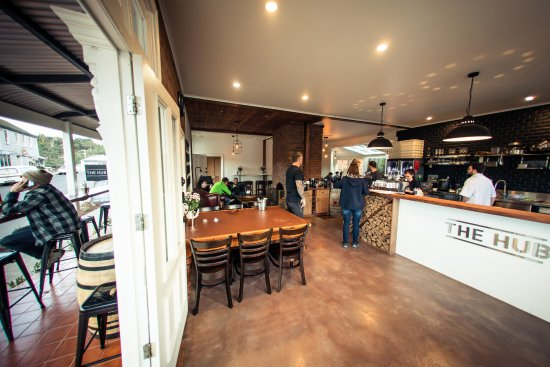 The Hub - Pizza and Beer - Bundaberg Accommodation