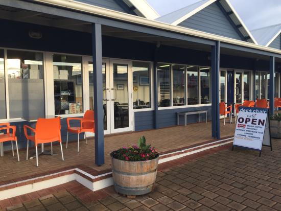 DeckChair Cafe - Bundaberg Accommodation
